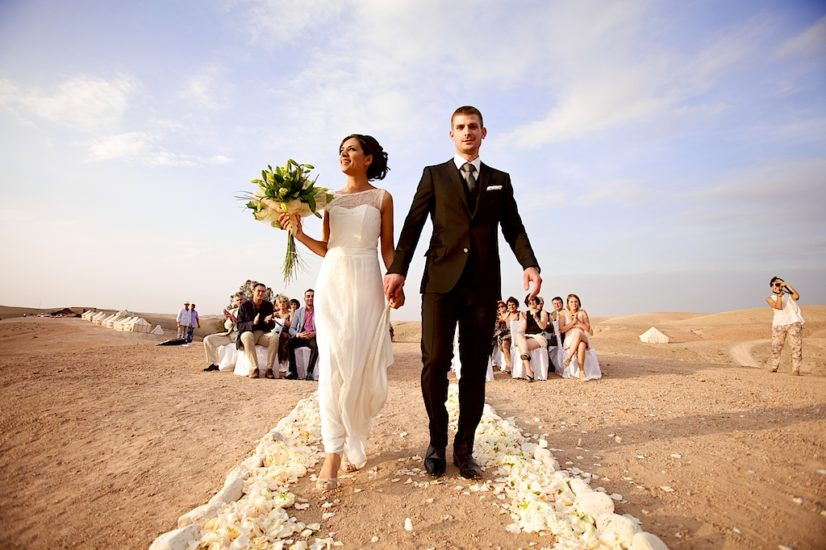 wedding in Marrakech La Pause ceremony ©lasdecoeur
