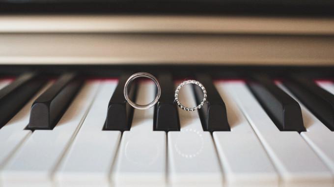 Photos De Mariage  Bagues Avec Piano