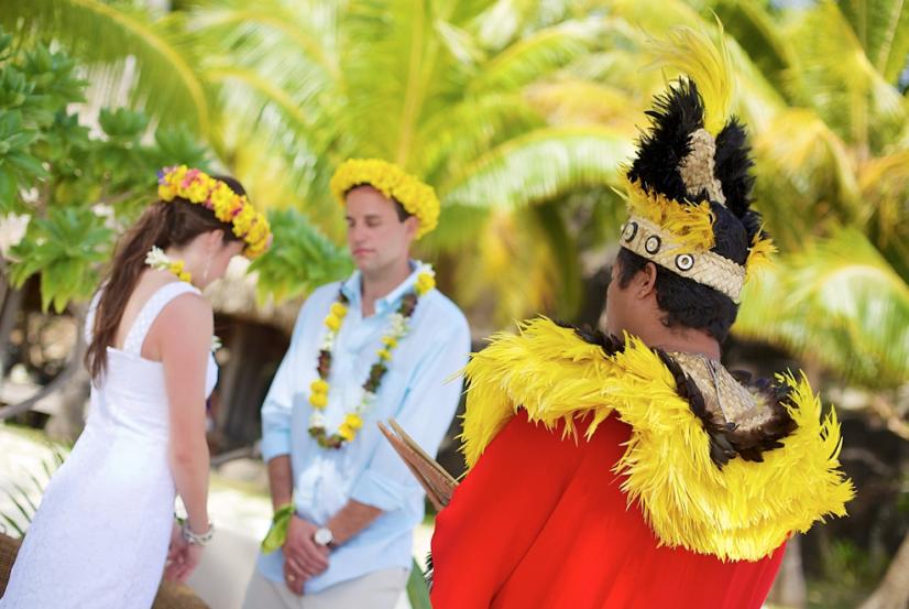 Mariage Tahitien Bora Bora Sur La Plage