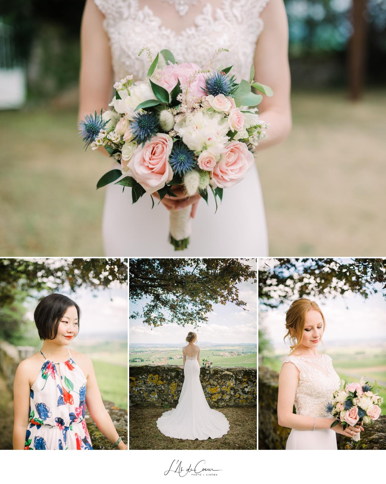 detail bouquet mariée rose pale et bleu chardon