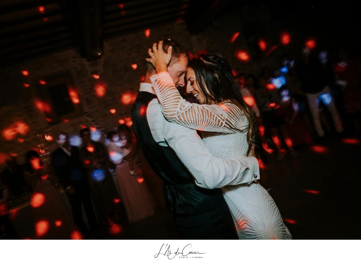 danse mariés Mariage bohème château de la Gallée photographe Mariage Lyon ©lasdecoeur