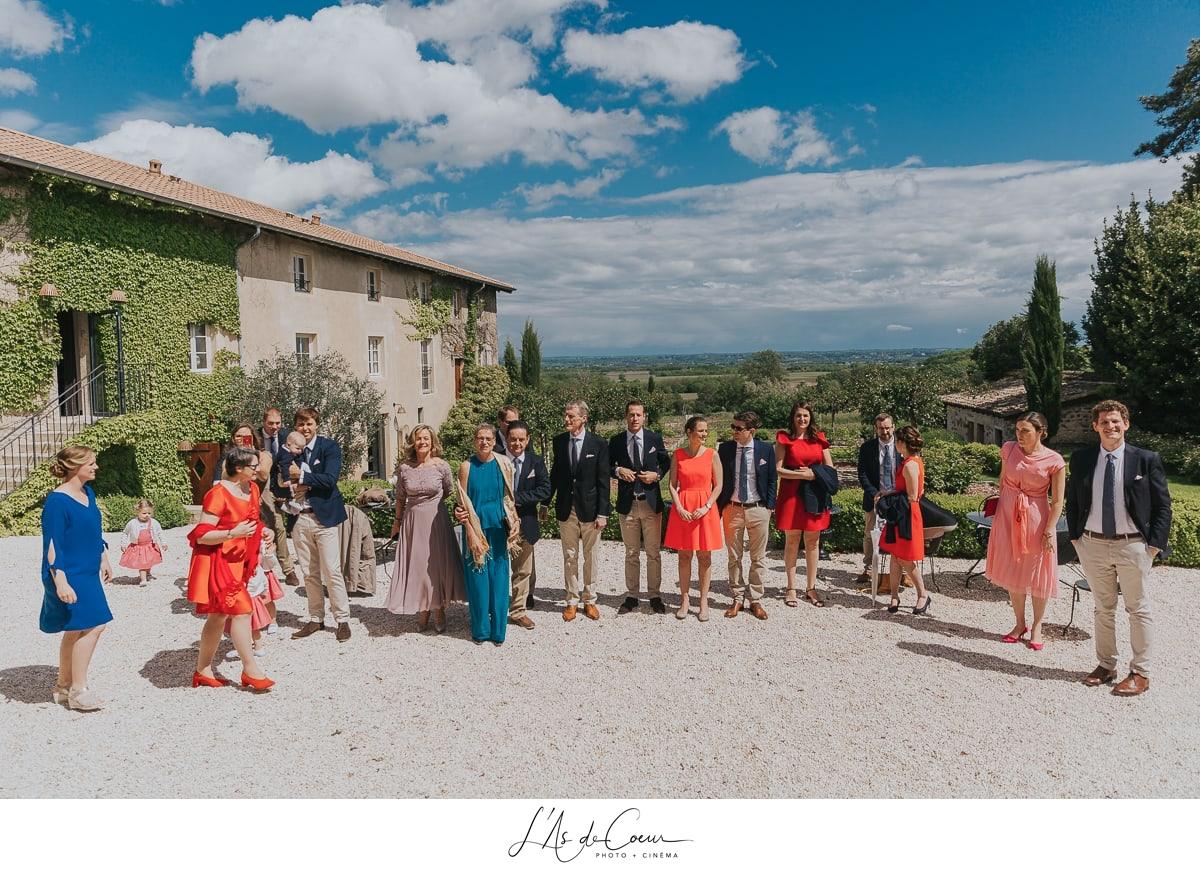 découverte des mariés first look Domaine de Morgon la javenrière photographe mariage lyon Beaujolais L'As de Coeur